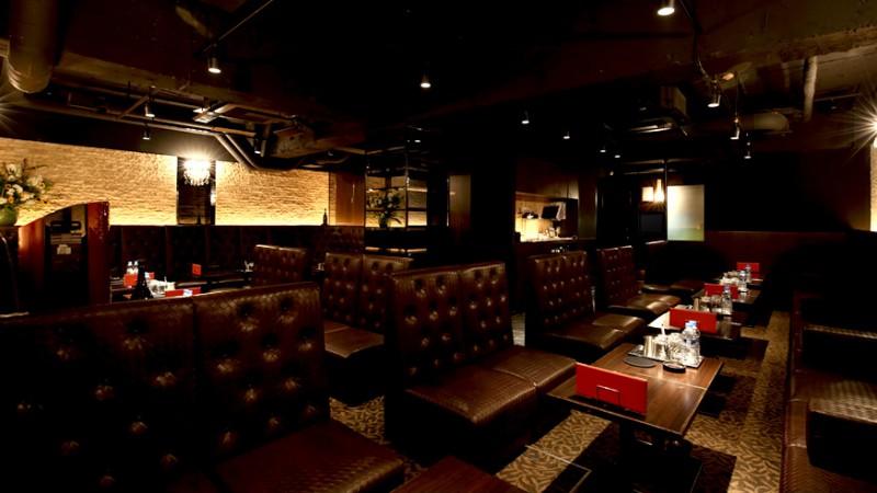 CLUB LUXY (クラブラグジー)北新地の店内内装写真05